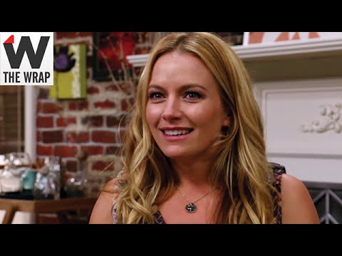 'Weird Loners' Star Becki Newton on 'New Girl' Comparisons and 'Ugly Betty' Reunion