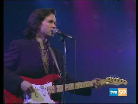 I Hear The Rain - Violent Femmes - La Edad de Oro - Madrid April 2, 1985 Music Videos