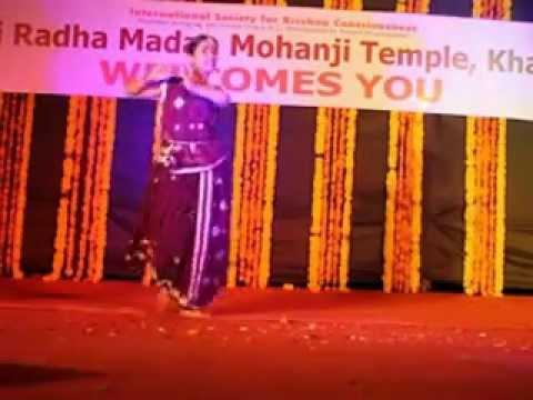 O Kanha Ab To Murli Ki By Radhika Sharma In Iskcon Kharghar Janmashtami Festival 2012 video