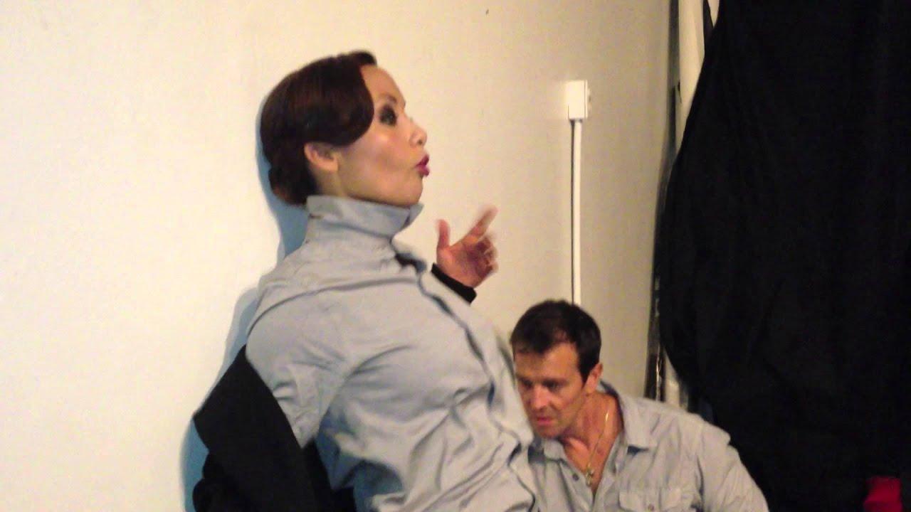 quotshe walks in beautyquot behind the scenes with nicole