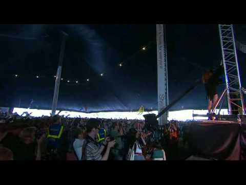 Florence & The Machine - Kiss With A Fist Glastonbury 2009