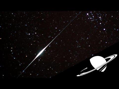 De curieux flashs dans le ciel