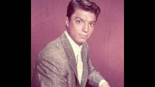 Watch Guy Mitchell Christopher Columbus video