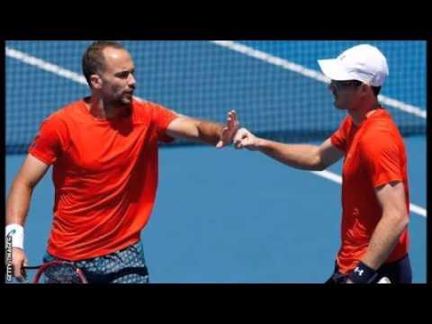 Australian Open 2016: Stan Wawrinka loses thriller to Milos Raonic