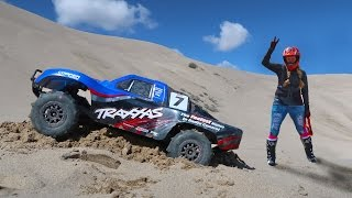 Wow! Amazing RC Truck Impossible Sand Dune Race!