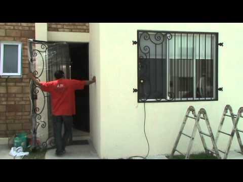 Herreria instalacion protecciones forja creativa puebla for Puerta herreria moderna