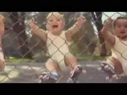 رقص الاطفال الصغار مدهش هههههههههه thumbnail