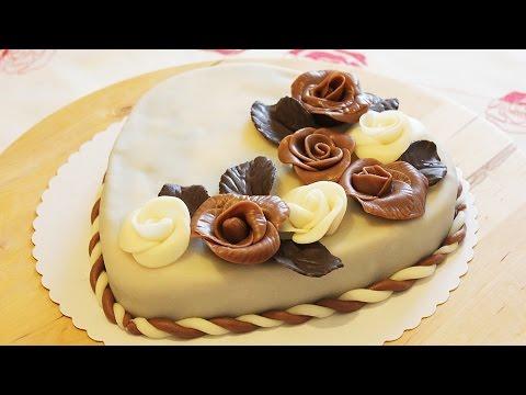 Как украсить шоколадными розочками праздничный торт!