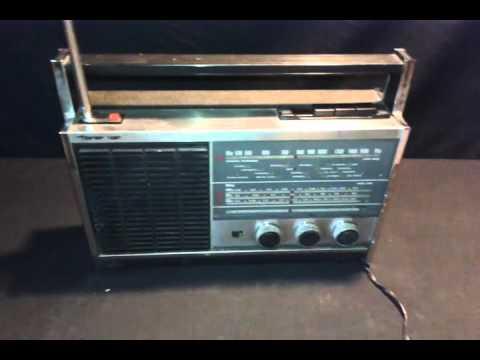 ANTIGUA RADIO TONOMAC 4 BANDAS