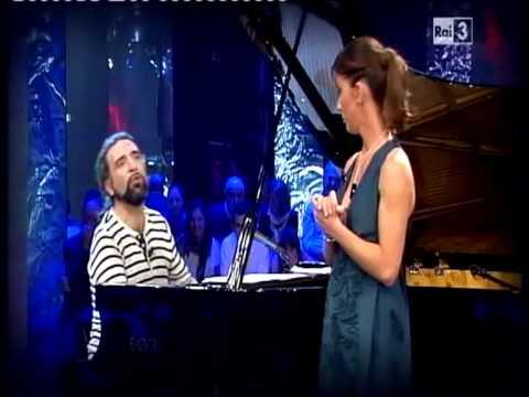 Sostiene Bollani (con Caterina Guzzanti) la FIABA / FAVOLA di Caterina musicata da Bollani HD