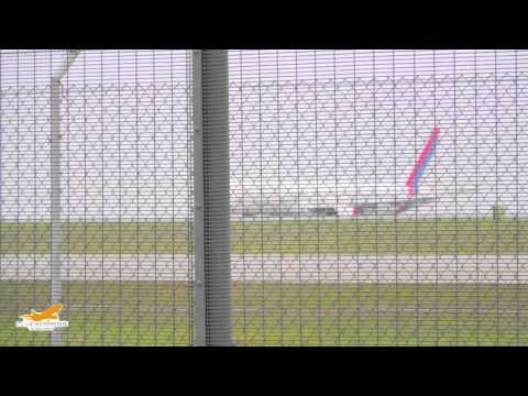 Nepal Airlines Boeing 757 [9N-ACA] takeoff from HKG