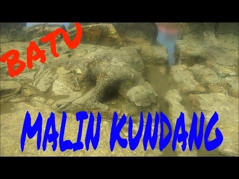 download lagu Wisata Pantai Air Manis  Batu Malin Kundang gratis