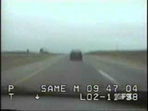 0 BMW M3 vs. police (Camaro)