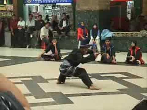 Silat Melayu Keris Lok 9 - Solo Keris