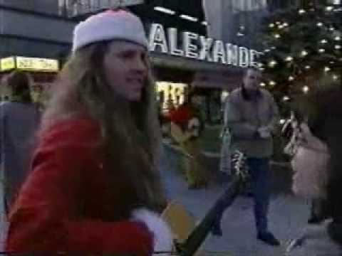 The Kelly Family-25.11.1994 Berlin Alexander-Platz.wmv