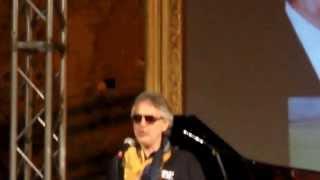 Watch Andrea Bocelli L