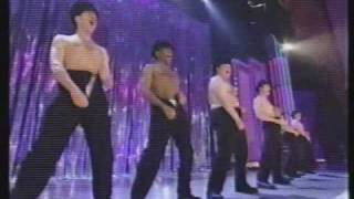 Patrick Wilson does the full monty