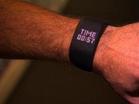 CNET News - Adidas MiCoach Fit Smart fitness tracker won't sweat it