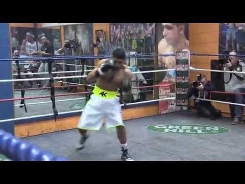 Amir Khan prepares for Luis Collazo