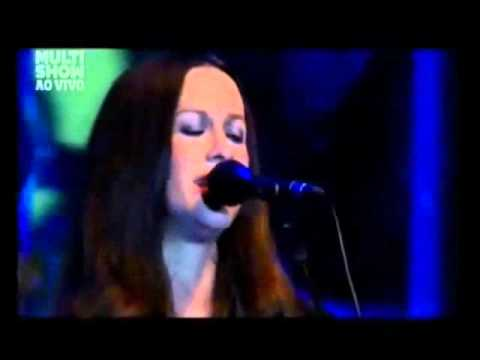 Alanis Morissette - Keeps The Radio On