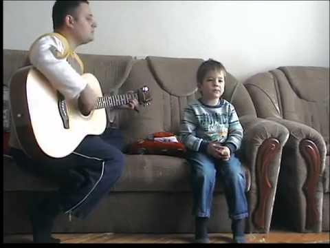 6-летний мальчик поет Воины Света