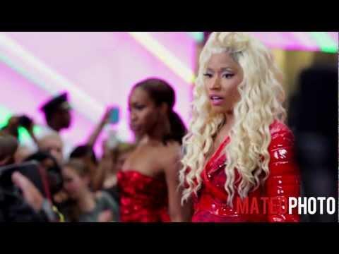 Nicki Minaj - I Am Your Leader