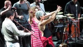 Joan Baez & Kardeş Türküler - Tencere Tava Havası (live)