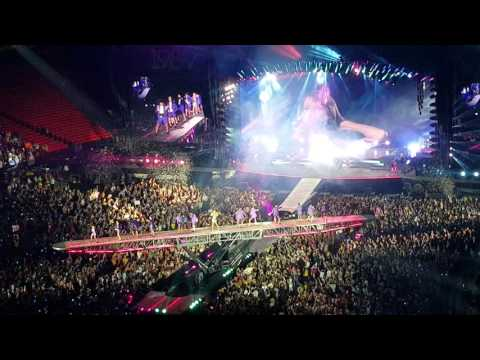 Taylor Swift 1989 World Tour at the Georgia Dome