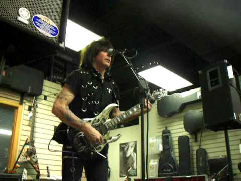 Michael Angelo Batio - New Randy Tribute + Commentary