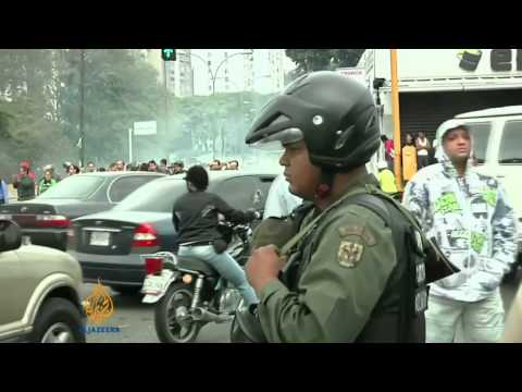 Venezuela protests continue to gain momentum