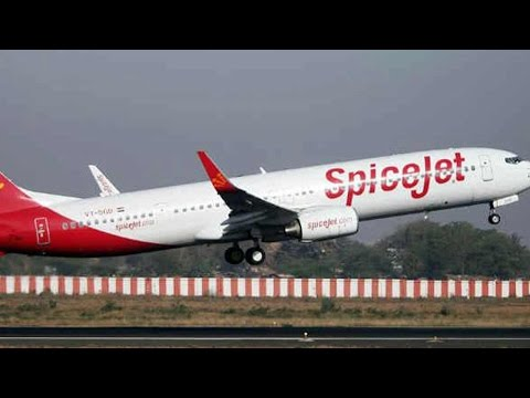 SpiceJet sacks pilot for locking airhostes  in cockpit with him