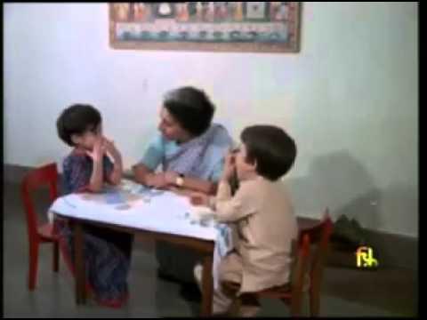 Rare Video of Rahul Gandhi, Priyanka Gandhi with Indira Gandhi