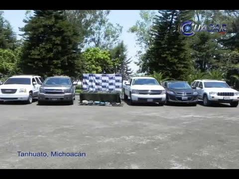 Asegura ejército camionetas blindadas y armas en Michoacán
