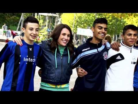 DIE BUNT-KICKT-GUT REPORTAGE - Ein Film von Sky Sport News HD Moderatorin Birgit Nössing