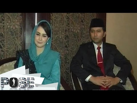 Arumi Bachsin Dari Selebriti Ke Istri Bupati - Pose (22/2)