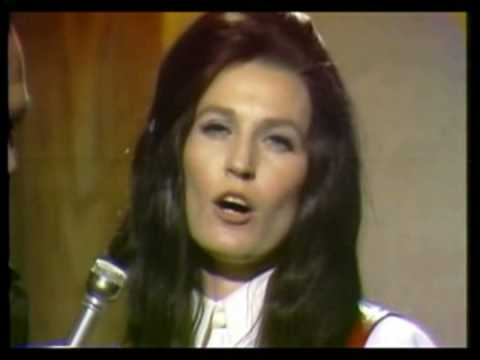 Loretta Lynn - Taking The Place Of My Man