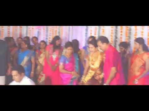 Kerala Hindu Wedding: Aditya + Aswathy Wedding Higlights