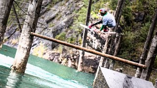 Строительная улица на видео в Каиндах: Creating the ultimate wakeboarding park - Red Bull Highland Wake (автор: Red Bull)
