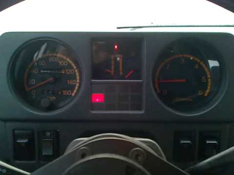 Mitsubishi Pajero 2 5 4d56 Cold Start Youtube