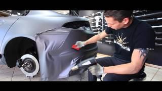 Total covering gris mat sur jaguar xf noir realise par élègance vitre teintée.