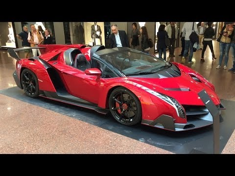 Lamborghini Veneno Roadster €3.3m Hypercar - Startup and Maneouvering
