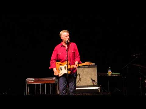 Billy Bragg 'Which Side Are You On' and 'Between the Wars' live