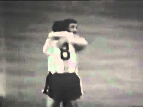 Gol de Luis Artime a España FUTBOL RETRO TV