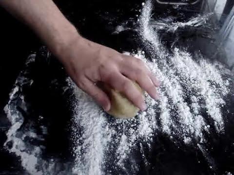 Empanada casera de pisto, atún y huevo con masa de cerveza / Tuna, Pepper and egg Pie