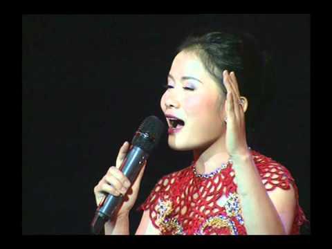 Video Thương ơi điệu ví - Thành Lê hát tại Gala Đường về Xứ Nghệ