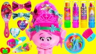 Trolls Poppy Makeup Style Station with Body Glitter and LOL Doll Surprises