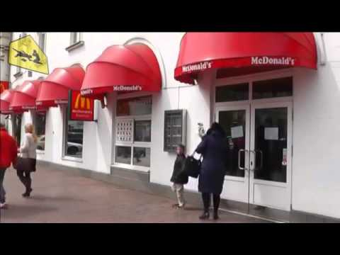 McDonald's pulls out of Crimea, says it's only temporary