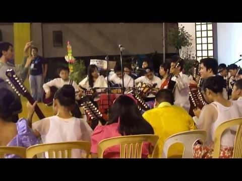 Barrio Fiesta 4 polka Sa Nayon video