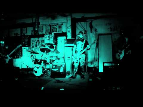---STONE HOUSE----LIVE CHURCHILLS PART1