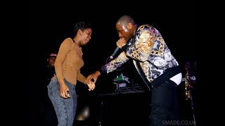 DAVIDO GIVES A LADY 20,THOUSAND DOLLAR IN A STRIP CLUB..WATCH